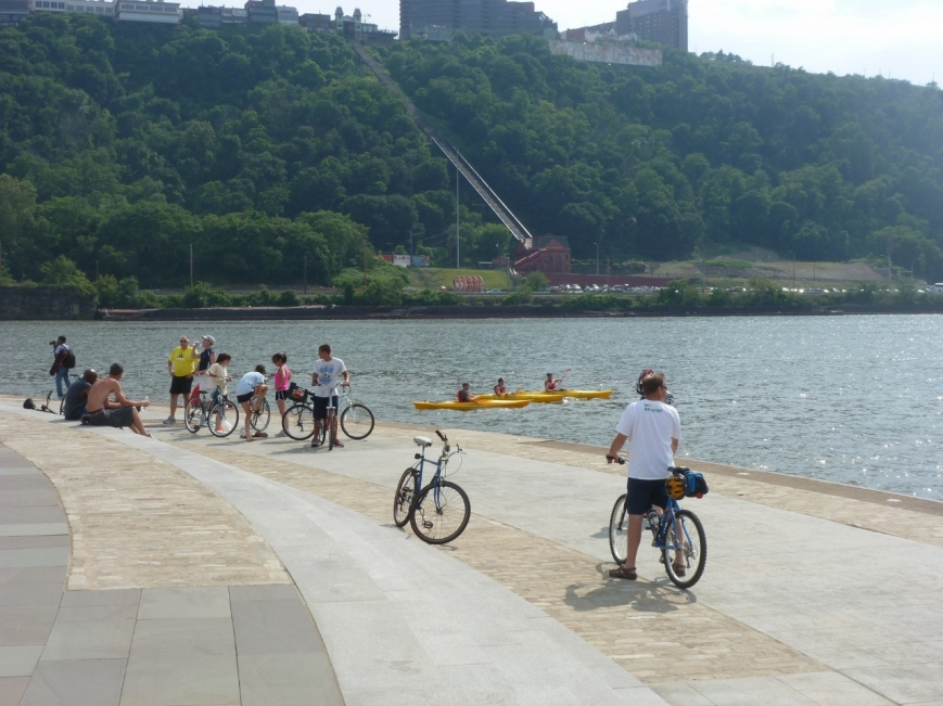 Kayakers and Bikers enjoy the Point